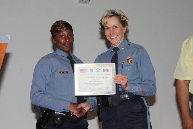 Women Police Officers - Spanish Immersion