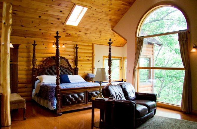 10 Incredible Tree-House Hotels in the U.S.  Treehouse Cottages   Eureka Springs, Arkansas