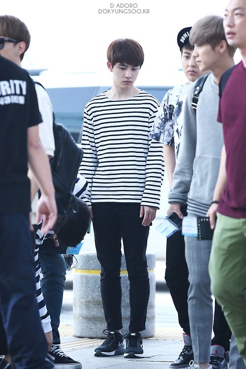 140727- EXO D.O. (Do Kyungsoo) @ Incheon Airport to Changsha Airport #exok #men…