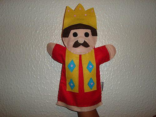 Fantoche do Rei. Encomendas (21) 9638-5826 / 7891-6273.