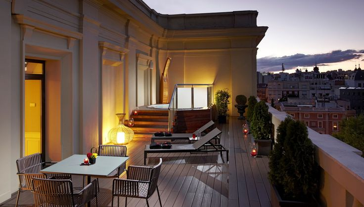 hoteles-jacuzzi-en la habitacion-madrid-gran-melia-fenix-terraza-jacuzzi