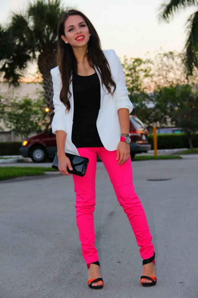 Pantalon rosa neon | Outfit | Pinterest | Neon Nice and Nice outfits