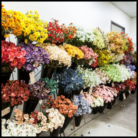 can take any combination of flower and color and make the most amazing flower wall with over 500 artificial flowers in stock hooks and lattice can make