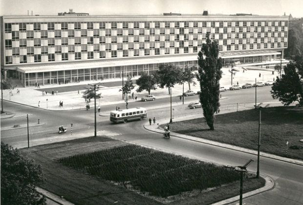 Hotel Cracovia, Kraków, proj. Witold Cęckiewicz, 1959-1965