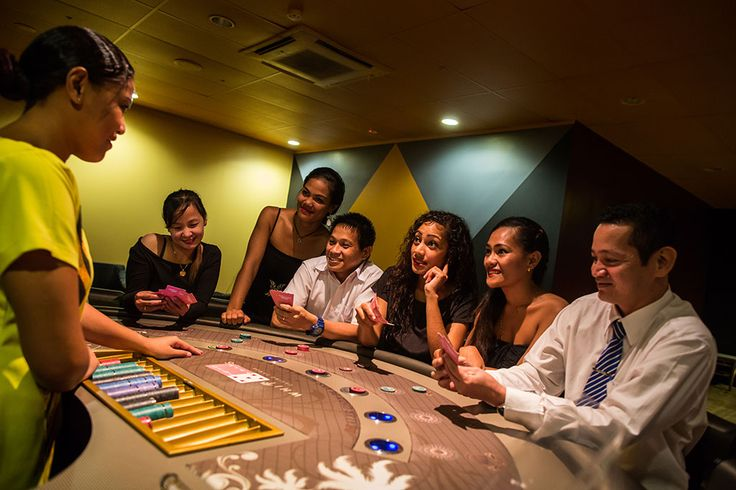 What is the strategy to be employed when playing roulette