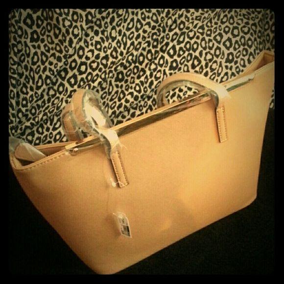 Sophisticated tan bag New tan bag Aldos brand ALDO Bags
