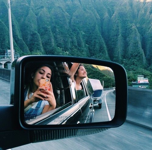I wanna go on a road trip with my bestfriend now please