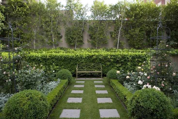 47 best paul bangay gardens images on pinterest for Formal landscape design