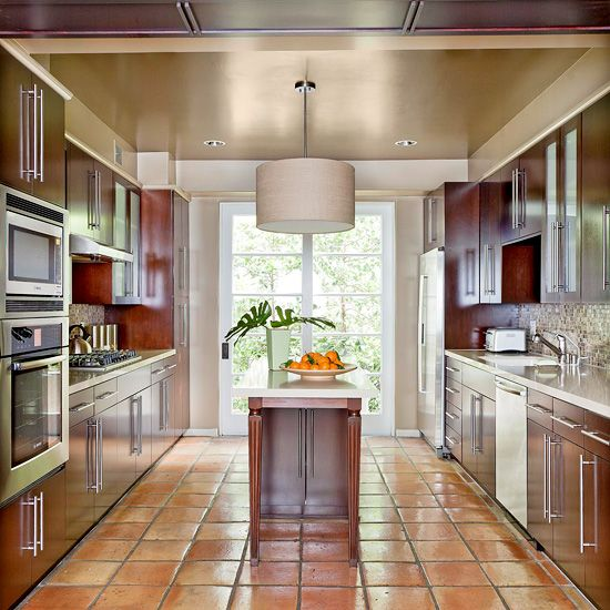 Galley Kitchen Flooring Ideas: 25+ Best Ideas About Mexican Tile Floors On Pinterest