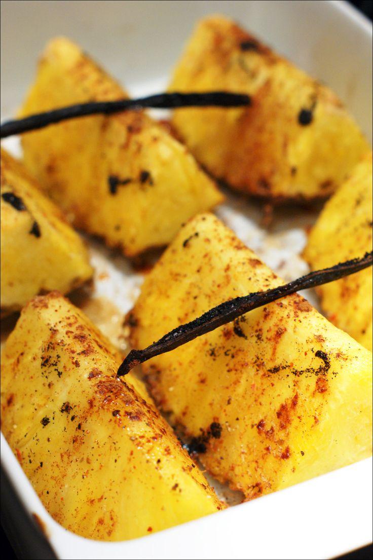 Ananas rôti et flambé