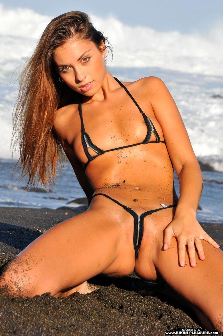 Bikini Pleasure Com 8