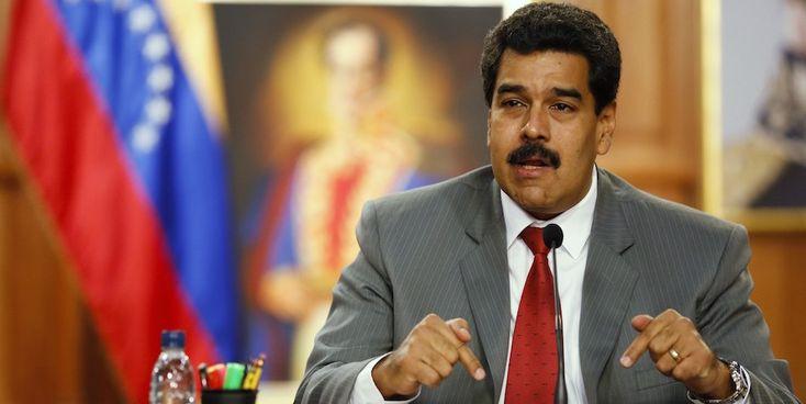 """Ao fim de 16 anos de luta política na Venezuela, a aliança de oposição Mesa da Unidade Democrática (MUD), conseguiu derrotar os """"bolivaristas"""", nas eleições legislativas que tiveram lugar, ontem..."""