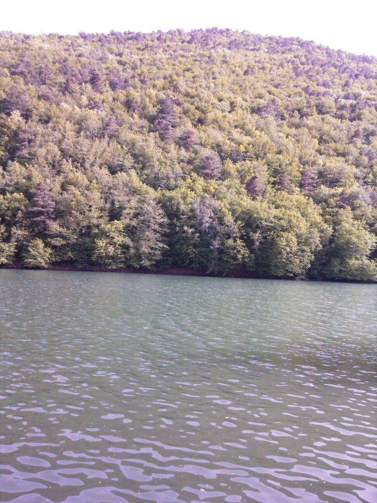 Borabay krater gölü