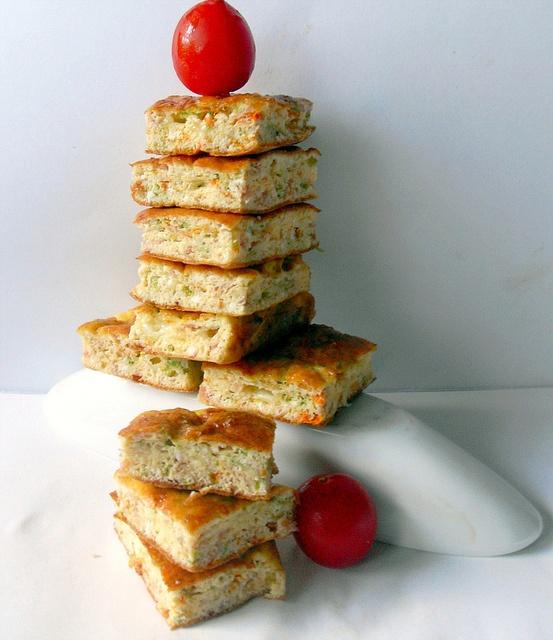 quadrotti di frittata di zucchine