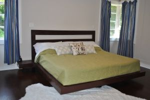 Fascinating Platform Bed Designs for Your Bedroom: DIY Floating Platform Bed ~