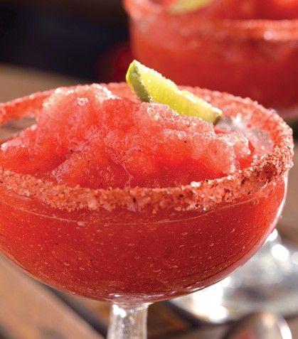 Prepara una deliciosa bebida para tus invitados.