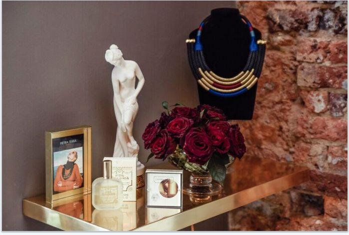 Catherinna's Ruff Neckpiece, Buy online: www.pichulik.com/shop