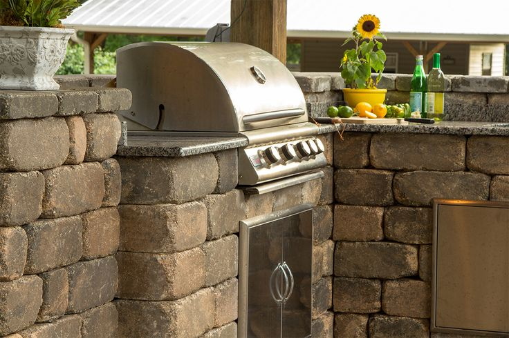 Enjoy your independence day cookout in an outdoor kitchen for Block outdoor kitchen