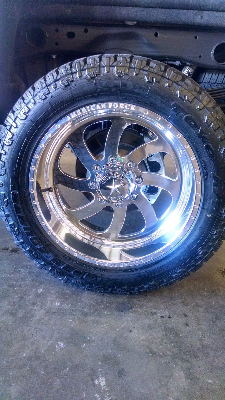 American Force 22 Inch Ss8 Wheels Wrapped In Toyo At Ii