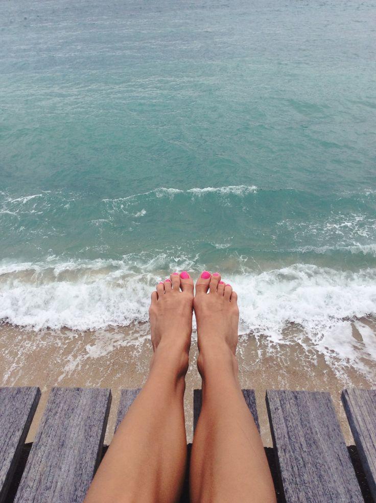 Legs & ocean