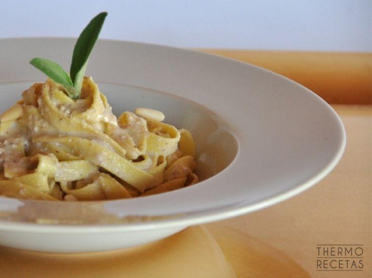 Salsa de nueces para pasta  - http://www.thermorecetas.com/2014/12/10/salsa-de-nueces-para-pasta/