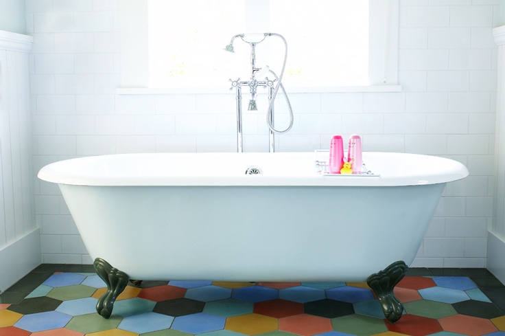 The 119 best Old bathtubs images on Pinterest | Bathroom, Bathrooms ...