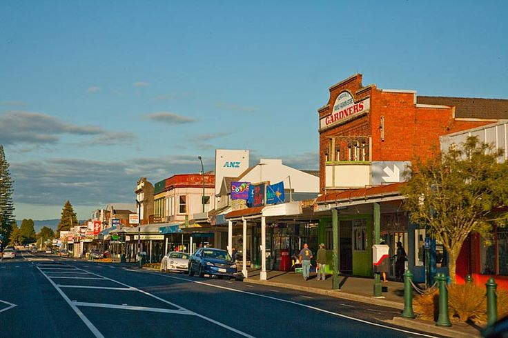 Taumarunui, main street,  see more at New Zealand Journeys app for iPad www.gopix.co.nz
