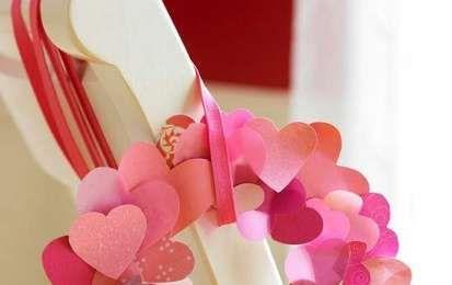 San Valentino: decorazioni fai da te - Ghirlanda di cuori per San Valentino