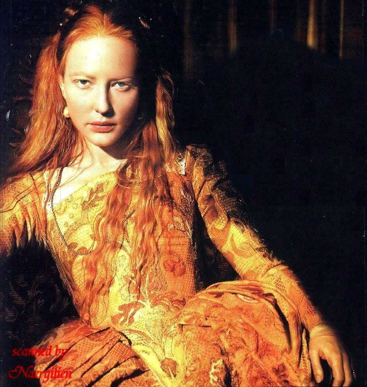 Cate Blanchett as Queen Elizabeth I. Both Henry VIII and his daughter Queen Elizabeth I of England were redheads. During the Elizabethan era in England, red hair was fashionable for women.