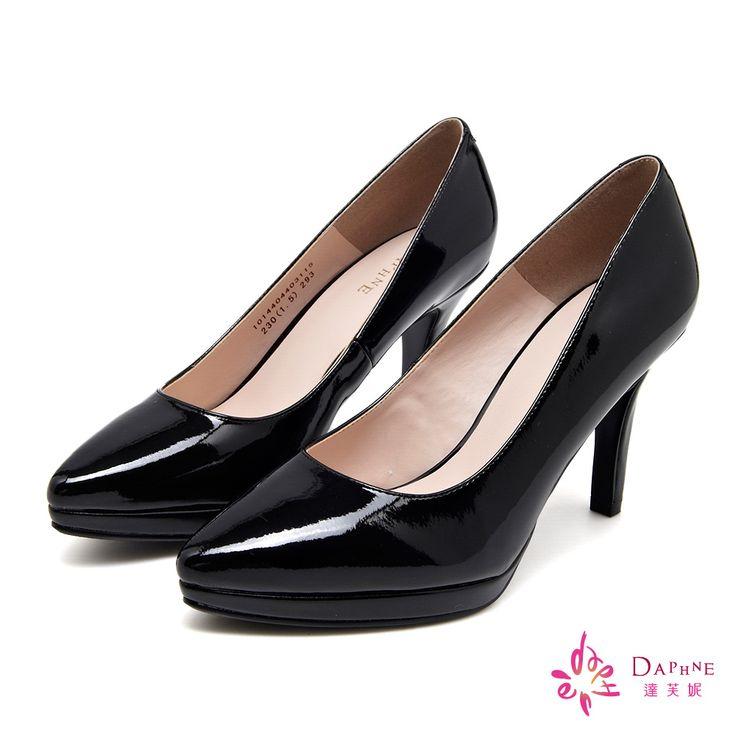 790-DAPHNE 知性優雅素面尖頭美型高跟鞋-時尚黑 -23.5