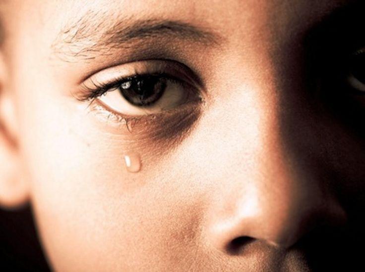 Τα Ευαίσθητα Πεμπτάκια - Ένα Τραγούδι Για Τα Παιδιά Του Πολέμου