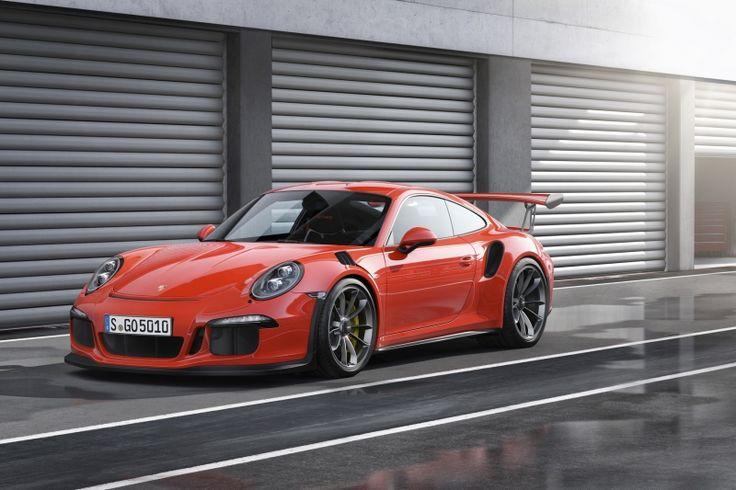 Do you know what happens when #991_Porsche_Carrera_S meets #Porsche_966_Turbo?