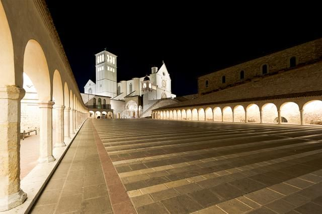 Sacred Convent of Assisi, Italy. Lighting products: iGuzzini illuminazione - Photographed by Luca Petrucci. #iGuzzini #Light #Lighting #experience