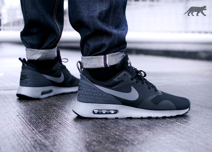 newest fb588 bf000 Nike Air Max Tavas Black On Feet