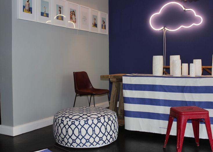 """Desygns Cloud 9 ist Bestandteil der Serie """"Le Petit Prince"""", die Inspirationen in Schrift und Form aus dem gleichnamigen Buch des Autor's Antoine de Saint-Exupéry zieht, und in handgemachten Neon Lichtinstallationen widerspiegelt."""