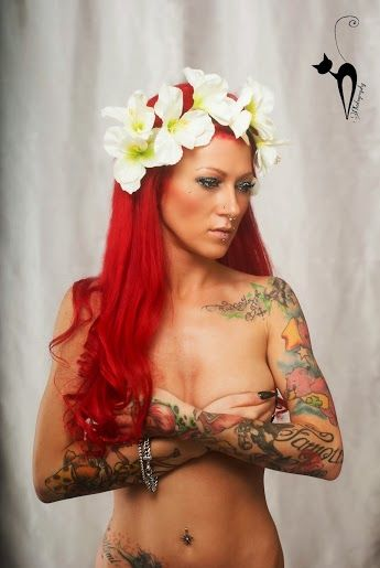 26 best images about women tattoos pictures on pinterest for The girl with the lower back tattoo review