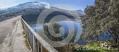 La Pesga Bridge Over Gabriel Y Galan Reservoir Waters, Spain - Download From Over 57 Million High Quality Stock Photos, Images, Vectors. Sign up for FREE today. Image: 89429827