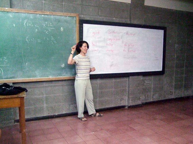 Lori's Volunteer Report. Teaching English in Costa Rica.  volunteer overseas, volunteer opportunities.