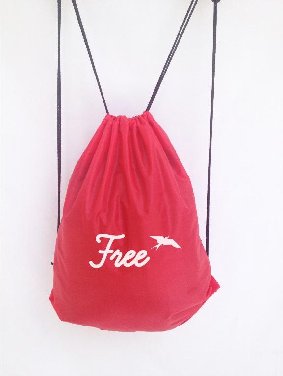 Mochila Free Roja    $12,000    www.facebook.com/INLOVstyle