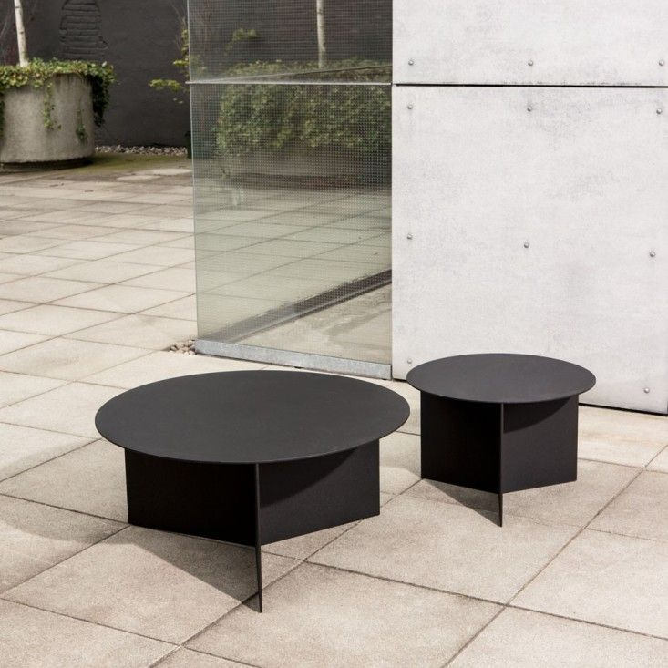christian-woo-outdoor-round-coffee-table-aluminum-gardenista - 25+ Best Ideas About Outdoor Coffee Tables On Pinterest Pallet