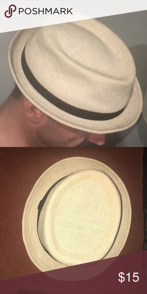 URBAN OUTFITTERS - Men's Hat M/L Perfect hat for the warm seasons approaching.  Preowned been stored away.  Excellent condition smoke and pet free Urban Outfitters Accessories Hats