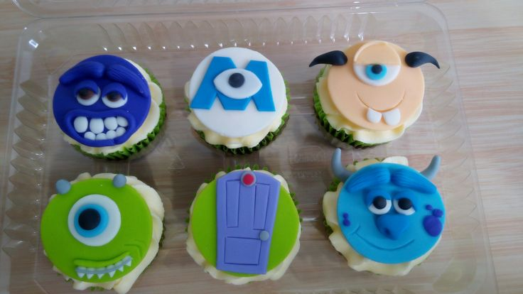 Cupcakes personalizados! Monsters Inc University, hermosos y deliciosos para regalar! www.facebook.com/cdulcelimon #monsters #cupcakes