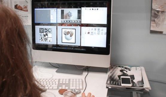 """CADO w trakcie pracy nad projektem dla """"Minnie - Ikona stylu"""" Copyright ©Disney"""