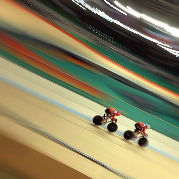 Members of the Dutch cycling team train at the Rio Olympic Velodrome (Getty Images)