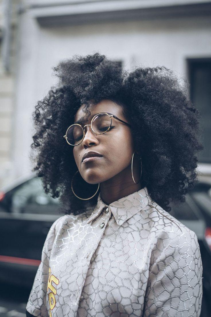 musesuniform-natargeorgiou   afro hair. natural hair. curly hair. kinky hair. knky curly hair. frizzy hair. texture. pretty hair. big natural hair.