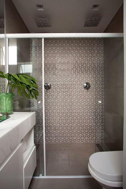 banheiro-porcelanato- com-pastilhas