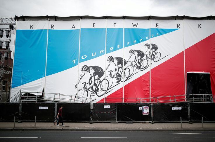 LE SCAN SPORT - Pour cette 104e édition du Tour de France, le budget relatif aux primes a été dévoilé. Amaury Sport Organisation, l'organisateur de la Grande Boucle, délivrera en tout 2.280.950 aux coureurs.