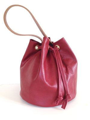 Make a drawstring bucket bag