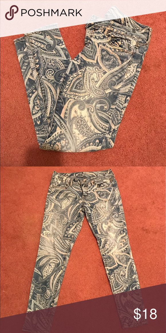 American eagle printed jeans Size 4 American eagle outfitters printed jeggings. American Eagle Outfitters Jeans Skinny