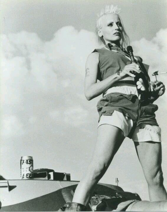 Lori Petty as Tank Girl ... I remember seeing this in college, good to see Petty on the OINTB season premiere.